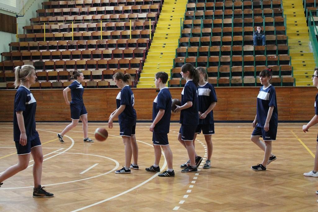 pika-koszykowa-licealiada-dziewczta-12-ii_-2013-002