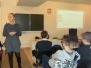 Uczniowie XVI LO na zajęciach z BLS i AED w Krakowskiej Wyższej Szkole Promocji Zdrowia